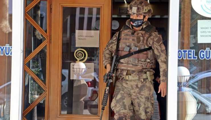 (ÖZEL) Antalya'da PÖH destekli sinirli müşteri operasyonu