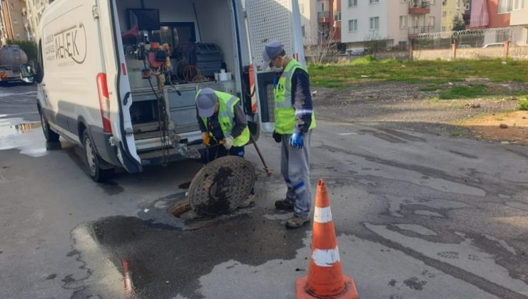 14 bin 600 adet kanalizasyon bağlantısının temizliği yapılıyor