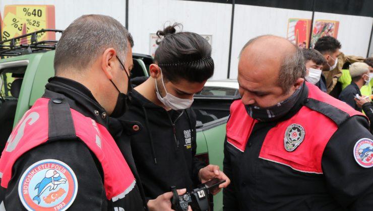 Antalya'da uzun namlulu silahla filme çekmek isteyen gençler onlarca polisi peşine taktı