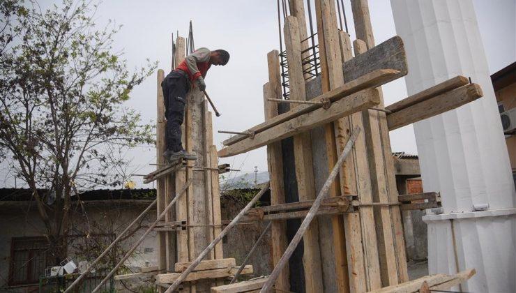 Alanya Belediyesi camide yenileme çalışması başlattı