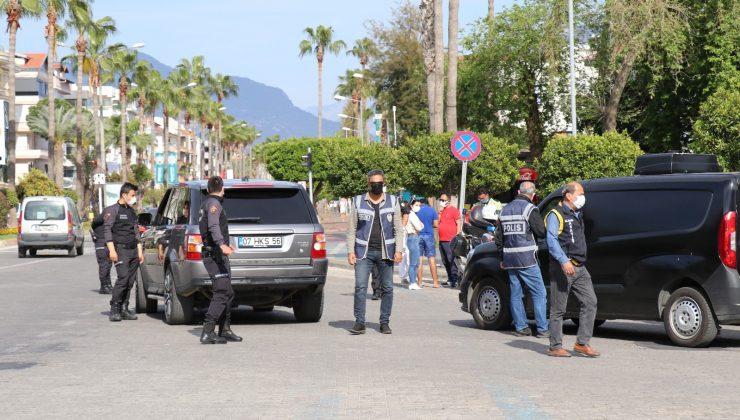 Alanya'da kısıtlama kurallarına uymayanlara ceza
