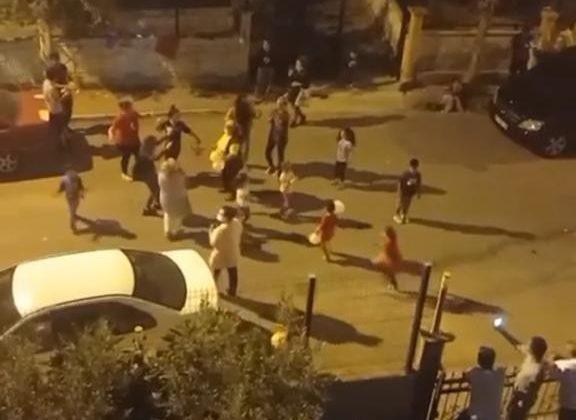 Antalya'da 23 Nisan coşkusu balkon ve sokaklara taştı