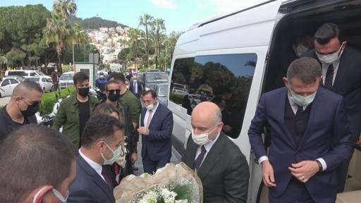 """Bakan Karaismailoğlu:""""Kanal İstanbul'la lojistik iddiamızı denizlerimizde de perçinleyeceğiz"""""""