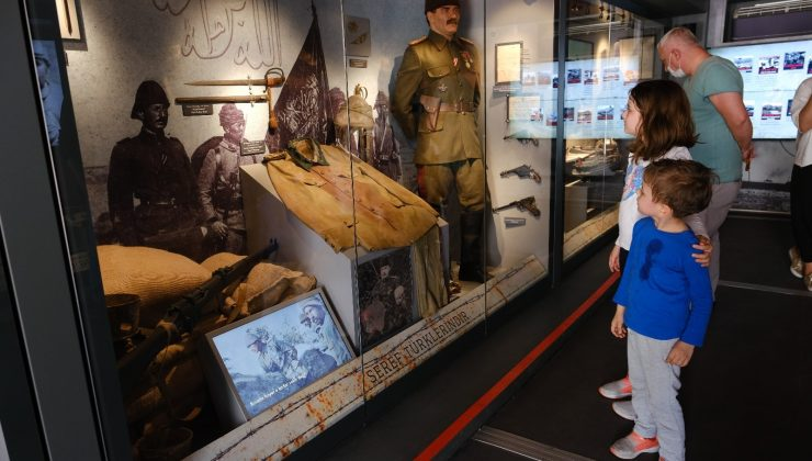 'Çanakkale Savaşları Mobil Müzesi' Alanya'da'