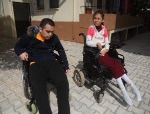 Engelli kardeşler için özel yol