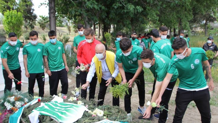 Serik Belediyesporlu futbolculardan Ali Aksu'ya vefa