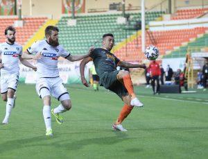Süper Lig: Aytemiz Alanyaspor: 0 – Denizlispor: 1 (İlk yarı)