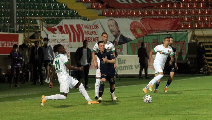 Süper Lig: Aytemiz Alanyaspor: 0 – Fenerbahçe: 0 (Maç devam ediyor)