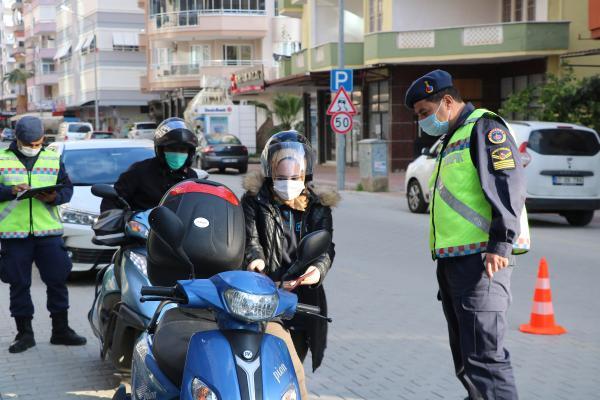 Alanya'da kısıtlamaya uymayanlara ceza