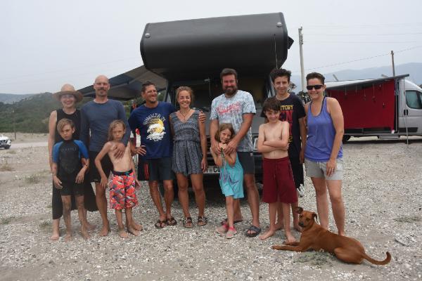 Alman ailelerin karavanla Türkiye tatili