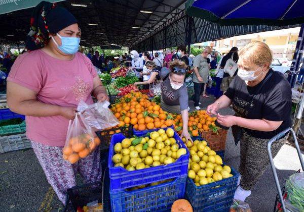 Antalya pazarlarında alışveriş hareketliliği