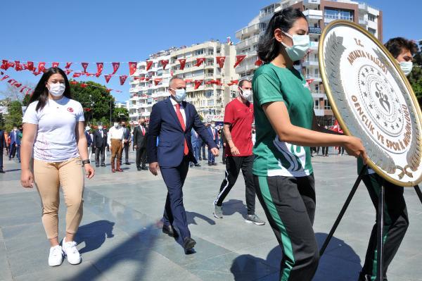 Antalya'da 19 Mayıs törenlerle kutlandı