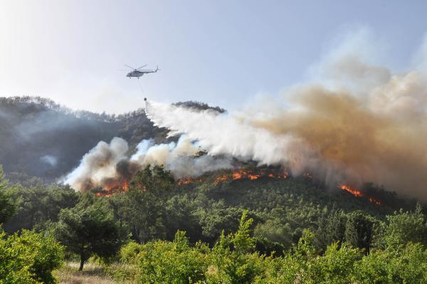 Antalya'da 3günde, 22 yangında 80 dekar kül oldu