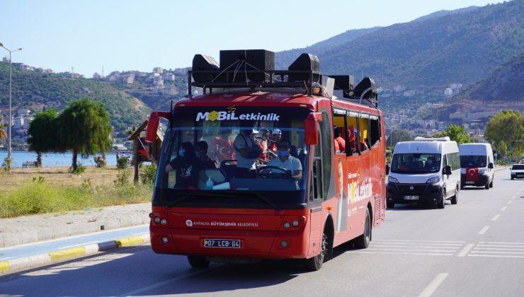 Antalya'nın dört bir yanında 19 Mayıs coşkusu yaşanıyor