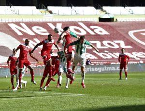 Antalyaspor ile Konyaspor 45. randevuda