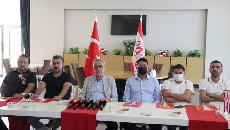 Antalyaspor'da Başkan Yılmaz görevi bıraktı