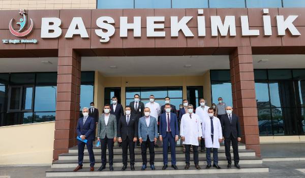 Bakan Çavuşoğlu'dan hastane ziyareti