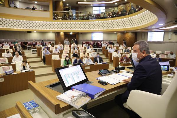 Başkan Böcek: Büyükşehir Belediyesi'nin 7,2 milyar lira borcu var