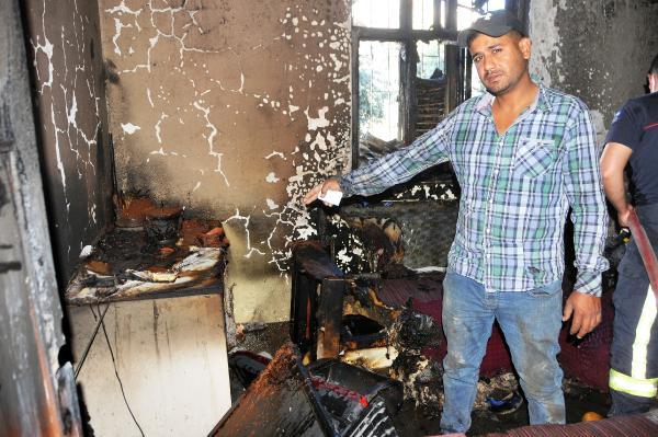 Evi yanan hurdacı, 5 çocuğu ve eşiyle ortada kaldı