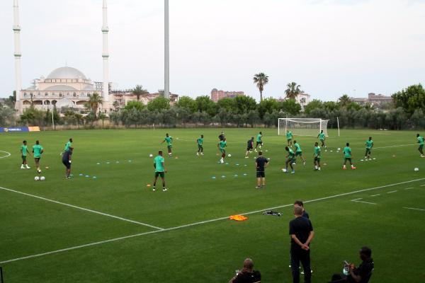Gine Milli Takımı'nda, Türkiye maçının hazırlıkları tamamlandı