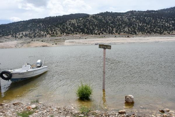 Gömbe ve Elmalı ovalarına hayat veren barajda su seviyesi düştü