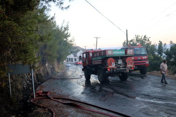 Huzurevi yakınında bulunan ormanlık alanda çıkan yangın söndürüldü