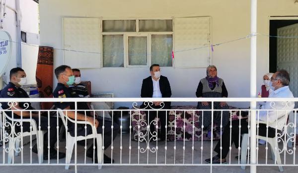 Kaymakam Çimşit'ten şehit ailesine taziye ziyareti