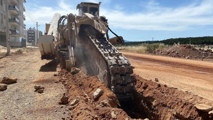 Kepez'deki dev kanalizasyon projesi hızla devam ediyor