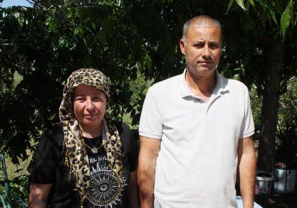 Muhtarı koronadan ölen mahallenin kadın adayına eş desteği