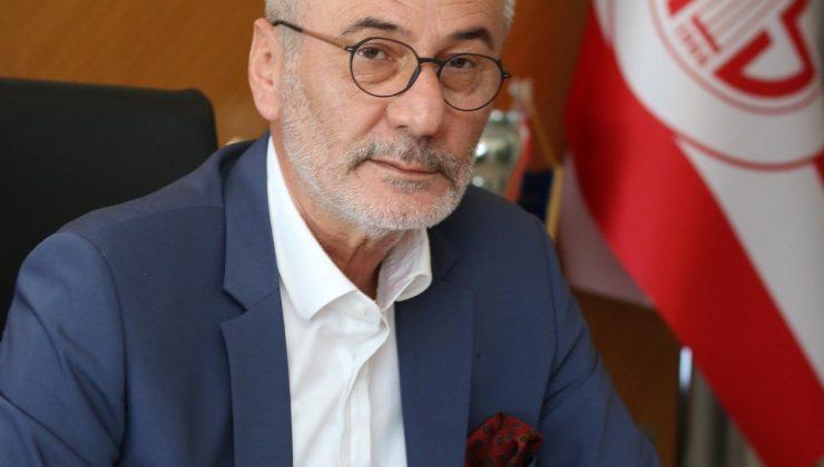 Mustafa Yılmaz, kendisine verilen cezaya tepki göstererek Nihat Özdemir'i istifaya davet etti