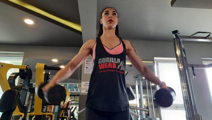 """(Özel) Fizyoteapisti """"Tek çare fitness"""" dedi, sağlık için başladığı spor hayatı oldu"""