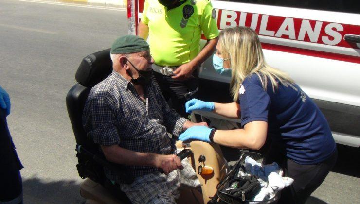 (ÖZEL) Kaza yapan yaşlı adam engelli aracını bırakmadı, araçla birlikte kamyonete konulup evine gönderildi