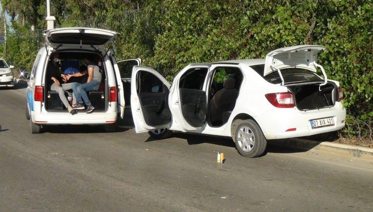 (ÖZEL) Kısıtlamada polisten kaçarken kaza yaptılar 'Ceza yememek için kaçtık' dediler