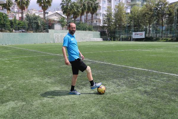 (ÖZEL) Protez bacaklı antrenör, Pro Lisans'ta dünyada ilk olmak istiyor