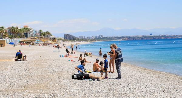 Polis sahilde yerleşik yabancı aradı