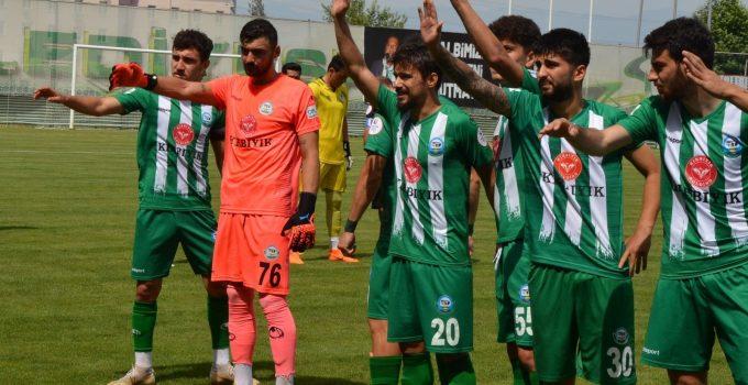 Serik Belediyespor Ligi mutlu bitirdi