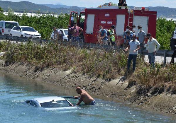 Sulama kanalına uçan otomobilin sürücüsü yaralandı