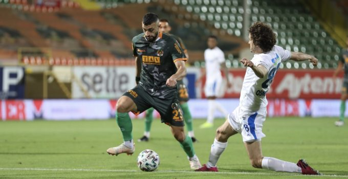 Süper Lig: Aytemiz Alanyaspor: 2 – BB Erzurumspor: 1 (İlk yarı)