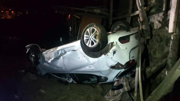 Takla atan otomobildeki 1 kişi öldü, 2 kişi yaralandı