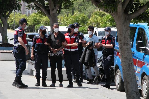 Tartıştıkları Özbek komşularını dövüp, bıçaklayarak öldürdüler (2)