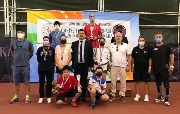 Teniste Türkiye ikincisi