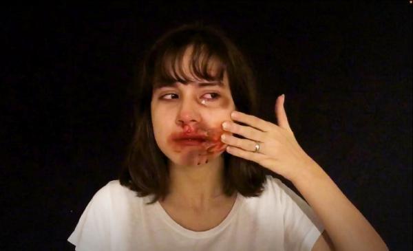 Üniversitelilerden kadına şiddet filmi