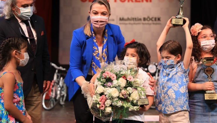 12.  satranç turnuvasında 120 öğrenci ödülünü aldı
