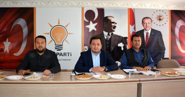 AK Parti'de mahalle başkanları toplantısı