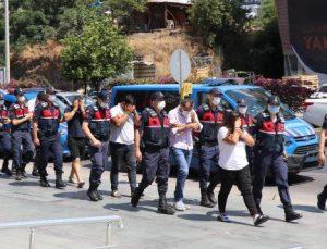 Alanya'da 16 kaçak göçmen ve 7 organizatör yakalandı