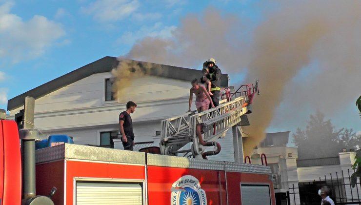 Antalya'da korkutan otel yangını