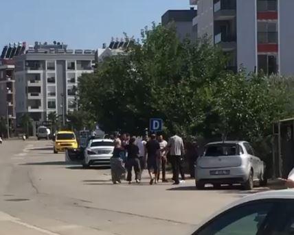 Antalya'da kürek saplı, bijon anahtarlı tüfekli kavga