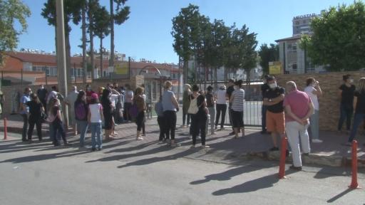 Antalya'da Liselere Geçiş Sistemi (LGS) sınavı heyecanı