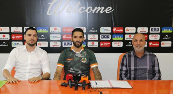 Aytemiz Alanyaspor, Candeias ile 2 yıllık sözleşme imzaladı