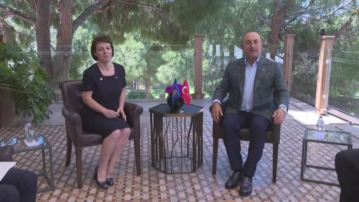 Bakan Çavuşoğlu'nun ikili görüşmeleri sürüyor